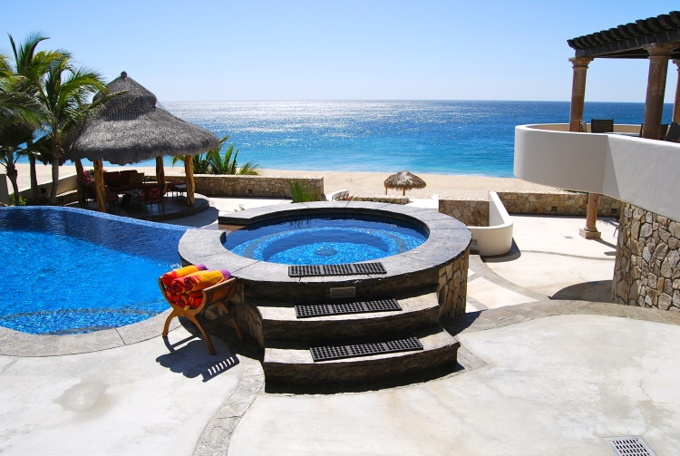 rent an oceanfront condo in Los Cabos
