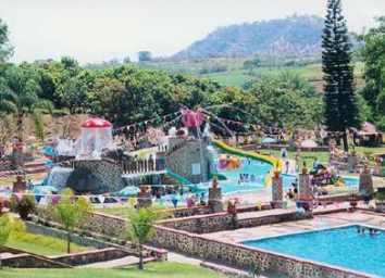 ... Hotel Campestre Hacienda Caracha - Ziracuaretiro, Michoacan, Mexico