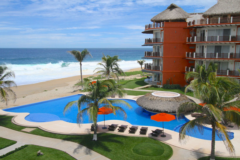 Vivo Resorts in Puerto Escondido